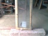 Prodám nové dřevěné zdvojené okno 60/120 pravé