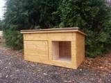 Nová zeteplená psí bouda