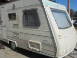 Krásný karavan Caravelair special coral A4000