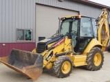 Traktorbagr Caterpillar CF420R