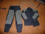 Nové dobové retro fárací obleky