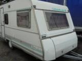 Lehký karavan Caravelair416 čtyři lůžka 1000kg