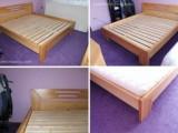 Kvalitní postele z masivu