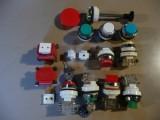 Tlačítka, přepínače kontrolky, transformátory původní řady T6