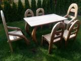Prodej exkluzivního dřevěného nábytku z teaku.