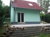Novostavba chaty Chrást nad Sázavou