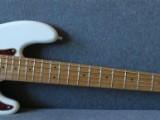 5 - strunná baskytara Fender Squier 032-6862-505