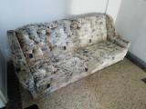 Prodám gauč