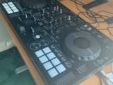 Pioneer DDJ-800 2-deckový digitální DJ ovladač s Rekordbox