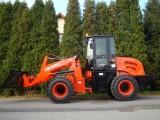 Kolový nakladač CR20 - 2000 kg - 53 kW, 4x4
