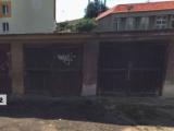 Garáž v Praze Nuslích